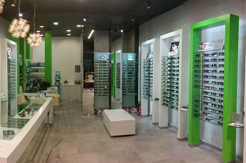 409b735909 Θεσσαλονίκη  Αυτά είναι τα κορυφαία γυαλιά ηλίου για φέτος το ...