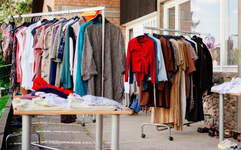 24ea6f3905a9 Θεσσαλονίκη  Παζάρι με ρούχα από 1 έως 15 ευρώ – Για 3 μόνο ώρες ...