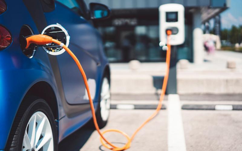 Έρχονται επιδοτήσεις μέχρι 12.000 ευρώ για ηλεκτρικά αυτοκίνητα ...