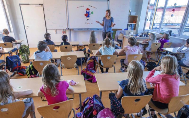 Θεσσαλονίκη: Με… κουβέρτα από σήμερα οι μικροί μαθητές σε δημοτικό σχολείο  | Typosthes